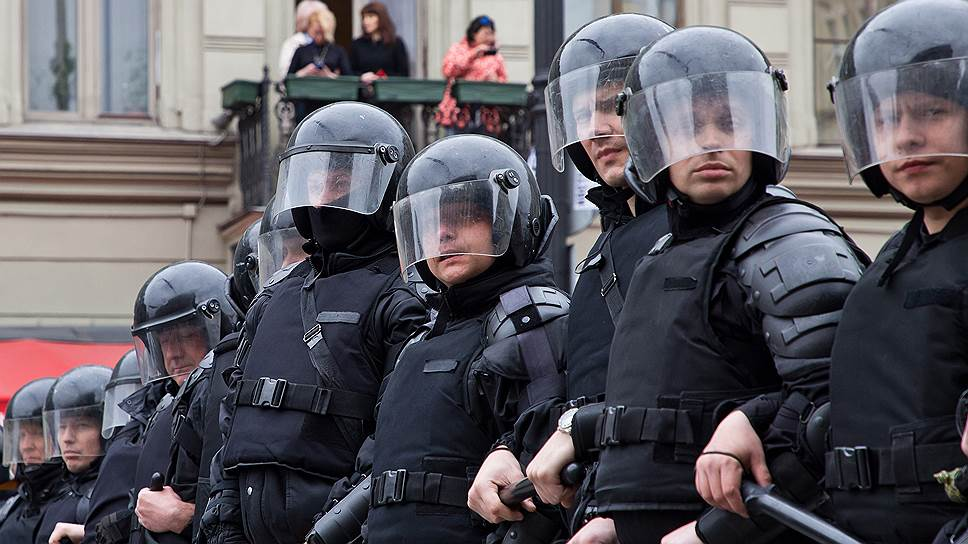 Как КС попросили разобраться с безопасностью митингов