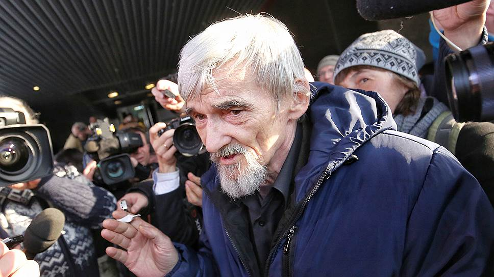 По словам адвоката, Юрий Дмитриев заявил администрации СИЗО, что готов защищать свою честь ценой жизни