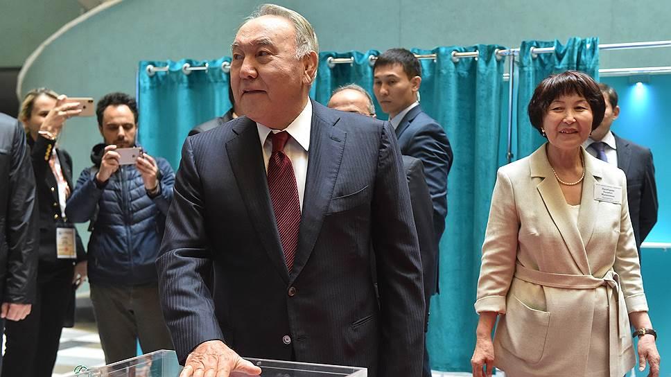 Пожизненный лидер нации Нурсултан Назарбаев