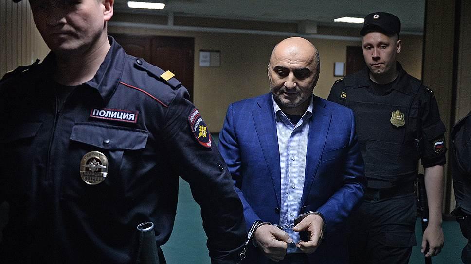Бывший начальник оперативно-разыскной части управления собственной безопасности МВД Дагестана Магомед Хизриев