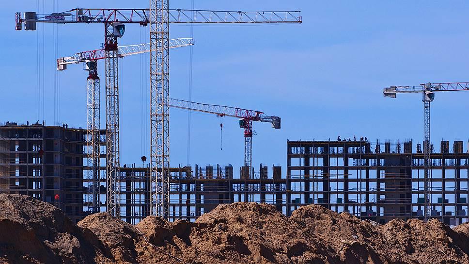 Благодаря новой инициативе Минстроя 85% домов в России может быть достроено по старым правилам финансирования