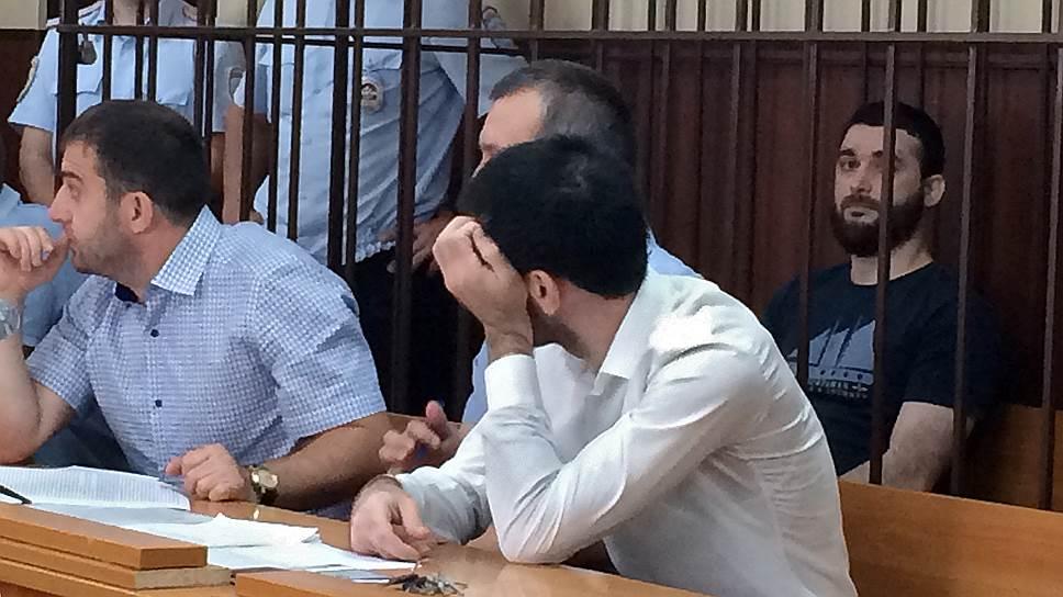 Абдулмумин Гаджиев сказал в суде, что все, кто его знает, считают обвинения в его адрес абсурдными