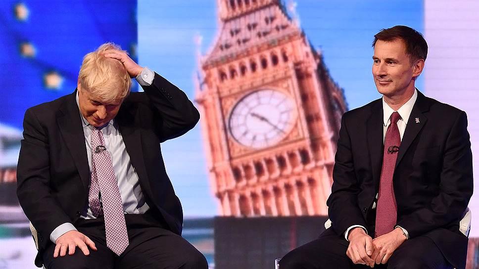 Бывший (слева) и нынешний министры иностранных дел Великобритании Борис Джонсон и Джереми Хант