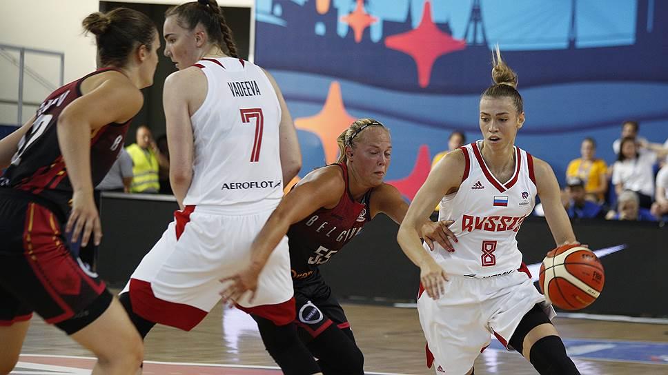 В матче с бельгийками самыми результативными игроками в составе сборной Росси стали Мария Вадеева (№7) и Екатерина Федоренкова (№8), набравшие 20 и 8 очков соответственно