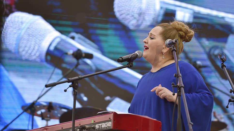 Певица Нино Катамадзе извинилась за недавнее участие в российском фестивале «Усадьба Jazz» и пообещала, что это выступление «станет последним на территории страны-оккупанта»