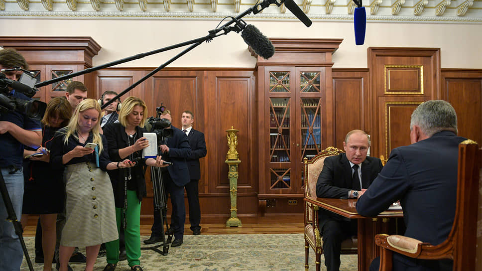 Вместо Завидово Владимир Путин оказался в Кремле