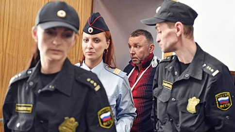Трех полковников ФСБ объединило одно уголовное дело  / Кириллу Черкалину к взятке добавили мошенничество