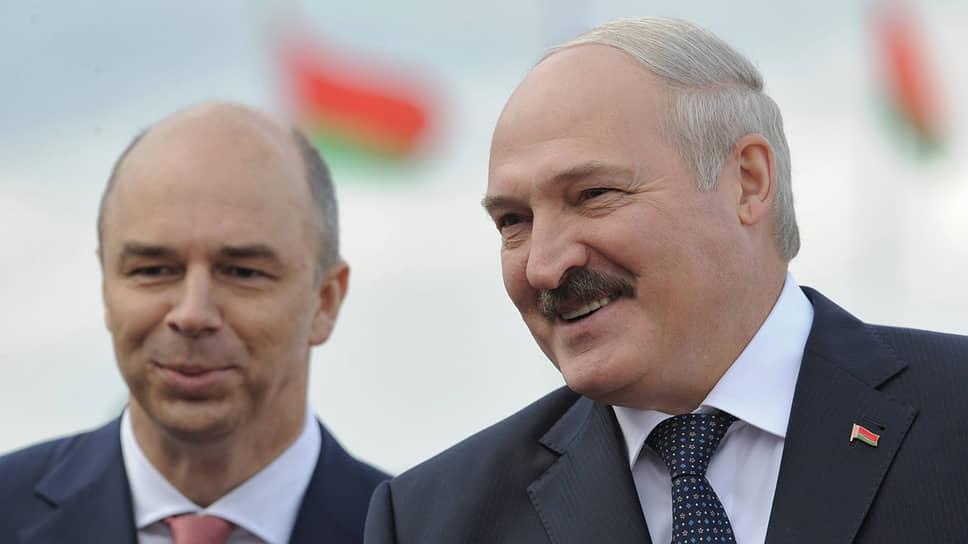Первый вице-премьер РФ Антон Силуанов затормозил выдачу нового кредита возглавляемой президентом Александром Лукашенко Белоруссии, вынудив Минск договариваться о замещающем займе в Китае