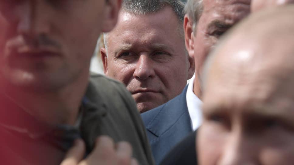 Министр России по делам гражданской обороны, чрезвычайным ситуациям и ликвидации последствий стихийных бедствий Евгений Зиничев