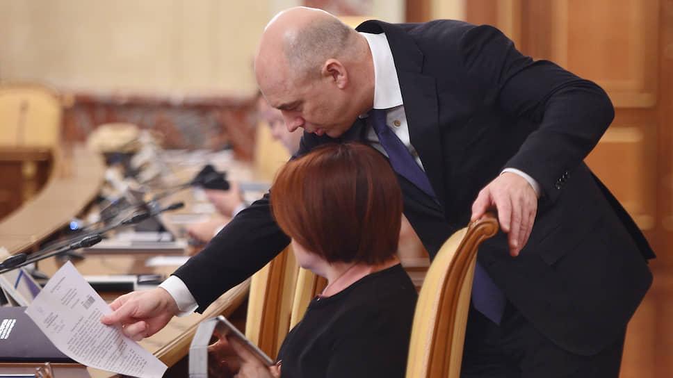 В полемику команд министра финансов Антона Силуанова и главы ЦБ Эльвиры Набиуллиной нашлось что добавить в письменном виде заинтересованным третьим лицам