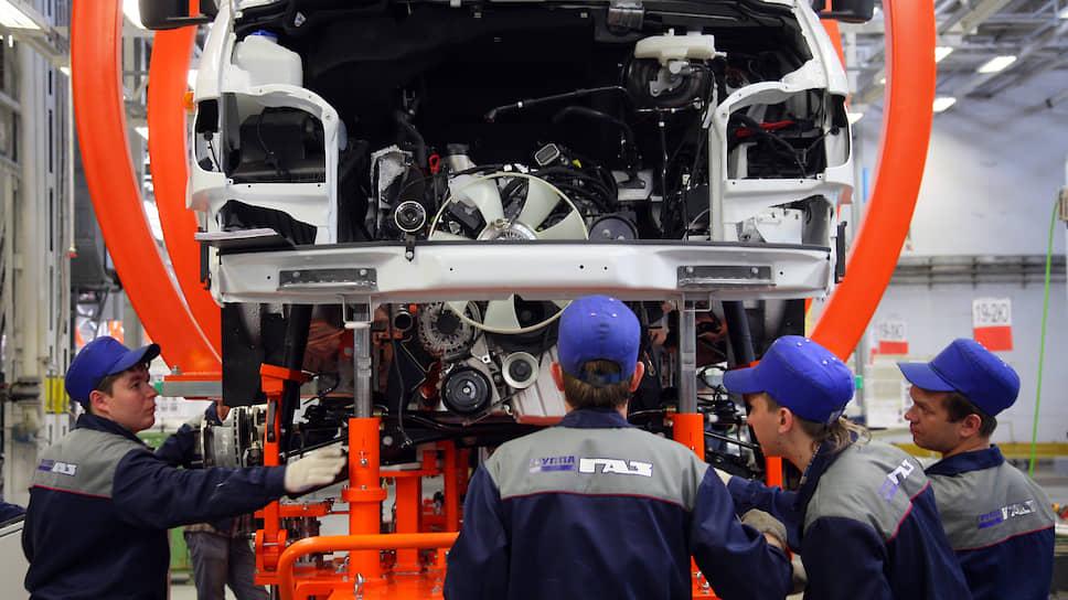 Минпромторг хочет поработать над начинкой российских машин и просит на это 150 млрд руб. из бюджета
