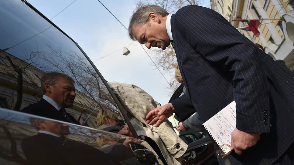 Уполномоченный по защите прав предпринимателей Борис Титов предлагает временные квоты в госзакупках для российских предпринимателей