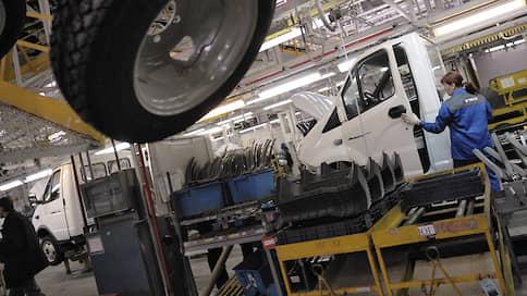 Легкие грузовики выехали без спроса // Продажи LCV в июле перешли к росту