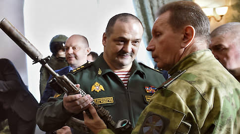 Двое на первого // Обозначились претенденты на место первого заместителя Виктора Золотова