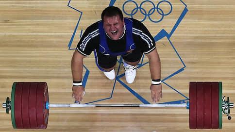 У штангистов не выветрился допинг // Анализ старых данных Московской антидопинговой лаборатории привел к отстранению пятерых спортсменов