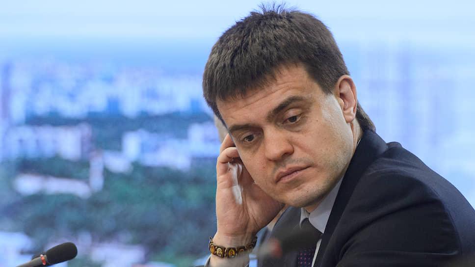 Глава Минобрнауки Михаил Котюков подписал приказ, который устанавливает правила ношения иностранцами наручных часов на территории российских институтов
