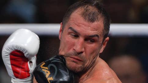 Двое бьющих, один небитый // Сергей Ковалев защищает чемпионский титул в бою с Энтони Ярдом