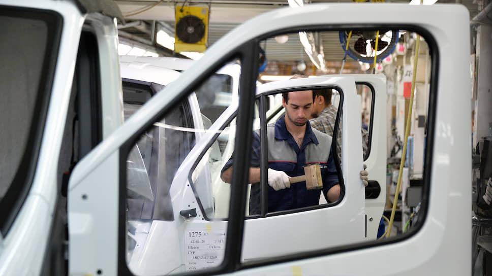 Новые санкции со стороны США могут помочь Минпромторгу получить бюджетное финансирование на программу импортозамещения в автопроме
