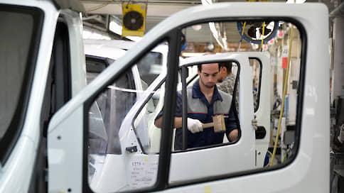 Минпромторг проводит санкцопрос // Автоконцерны попросили оценить потери от возможного прекращения импорта компонентов