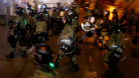 Гонконгские протесты изолируют от Китая  / Как Пекин собирается минимизировать влияние манифестаций на китайцев