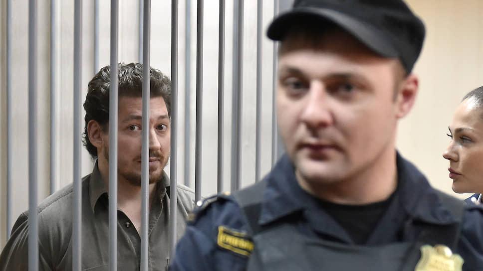 Бывший служащий внутренних войск МВД РФ Кирилл Жуков отказался признать вину в применении насилия к сотруднику Росгвардии