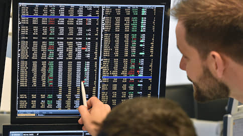 Брокеры собирают подписчиков  / Торговля ценными бумагами зашла в соцсети
