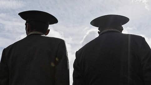 Иск на семь столетий  / Минобороны хочет взыскать с двух офицеров 600 миллионов