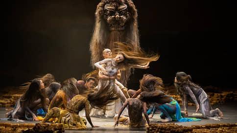 «Павлин» в пасти льва  / Китайская «Весна священная» на DanceInversion