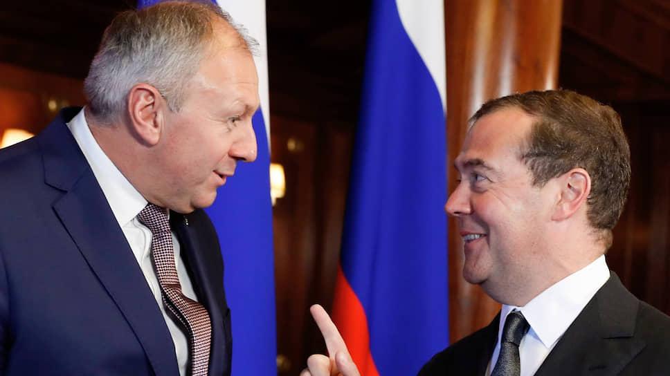 До сих пор главы правительств России и Белоруссии Дмитрий Медведев и Сергей Румас описывали публике будущую интеграцию «на пальцах», не вдаваясь в подробности