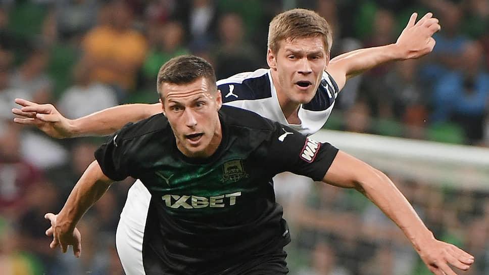 «Краснодар» (№5 — Урош Спаич) победил «Крылья Советов» даже несмотря на то, что пропустил первым и в его ворота были назначены два пенальти