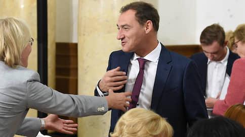 Сами себе выдвиженцы // Фракция «Единой России» рискует не набрать простого большинства в Мосгордуме