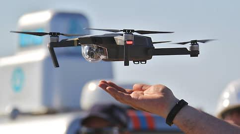 С беспилотников снимут отпечатки крыльев  / В Росавиации ждут фотографии всех дронов и готовы выдавать им номера
