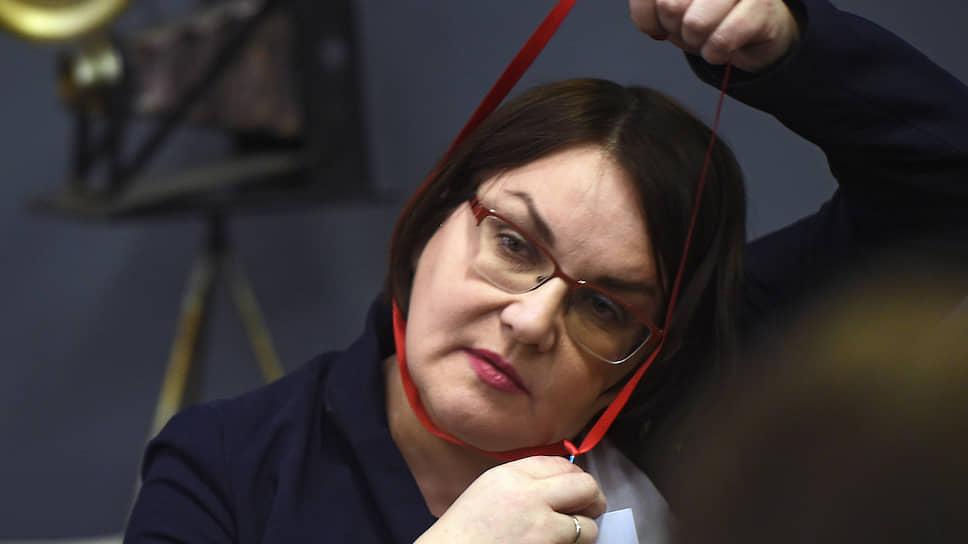 Муниципальный депутат Юлия Галямина, которую до выборов в Мосгордуму не допустили, пока среди тех, кто надеется, что избранные оппозиционные депутаты МГД сохранят принципиальность