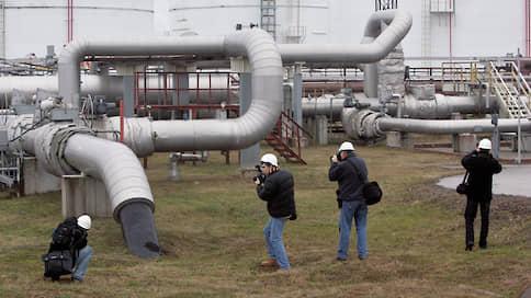 Нефть очищают деньгами // Нефтяники расплачиваются с европейскими потребителями за загрязнение в Дружбе