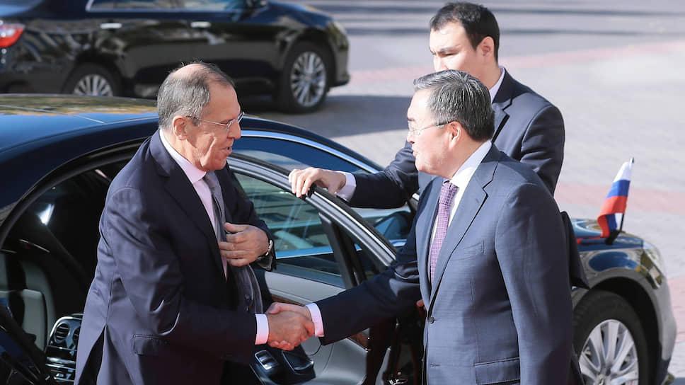 Для Мухтара Тлеуберди, назначенного на пост министра иностранных дел Казахстана только 18 сентября, встреча с Сергеем Лавровым стала дебютом в новой должности