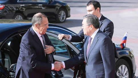Преемственным курсом идете, товарищи  / Сергей Лавров посетил Нур-Султан и убедился, что там все как в Астане