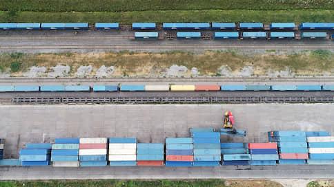 Казахстан спешит забрать контейнеры  / Нур-Султан просит Москву продать «Кедентранссервис»