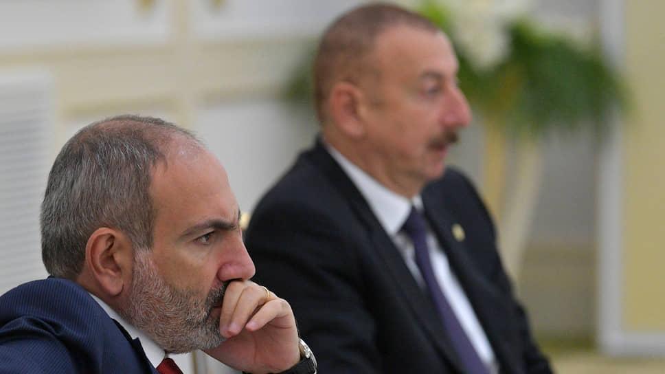Лидеры Армении и Азербайджана много лет терпели друг друга на всех саммитах. И вот терпение лопнуло