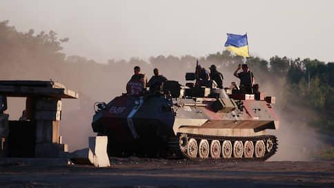«Майданский формат» не просматривается // Планы Владимира Зеленского по Донбассу вызывают сопротивление, но не угрожают ему самому