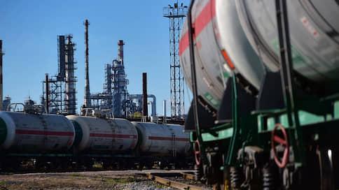 Труба не сходит с рельсов  / «Транснефти» не удалось отвязать свои тарифы от железнодорожных