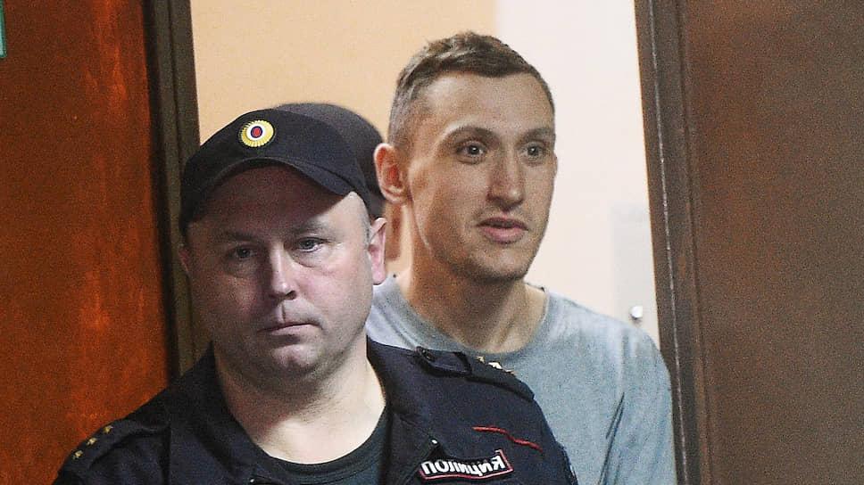 Почему Мосгорсуд оставил в силе приговор Константину Котову