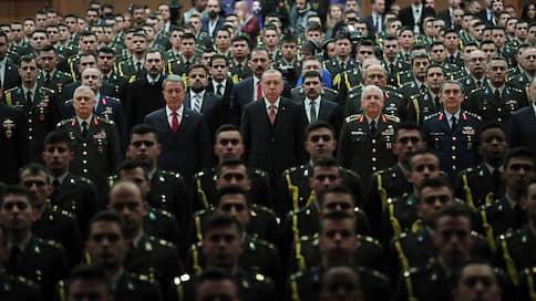 Турецкую сталь испытают на прочность  / Сирийских курдов защитят американскими пошлинами