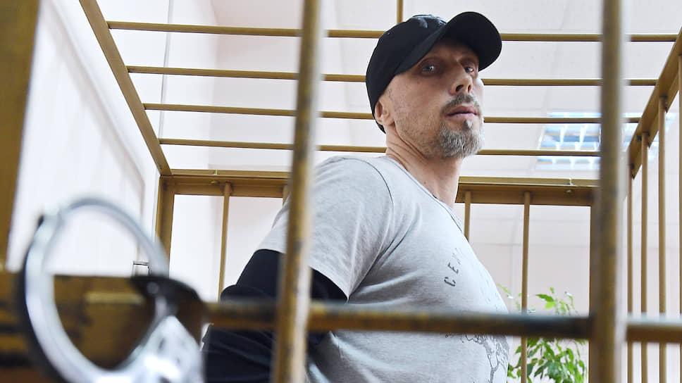 Дмитрий Домани по обвинению в трех эпизодах мошенничества получил шесть лет колонии