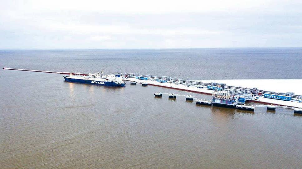Ледовые танкеры разгрузили от санкций / НОВАТЭК вернул себе флот для «Ямал СПГ»