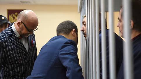Спецприемник дорого обошелся бывшим дагестанским чиновникам  / Экс-глава правительства республики и его заместитель получили сроки за растрату