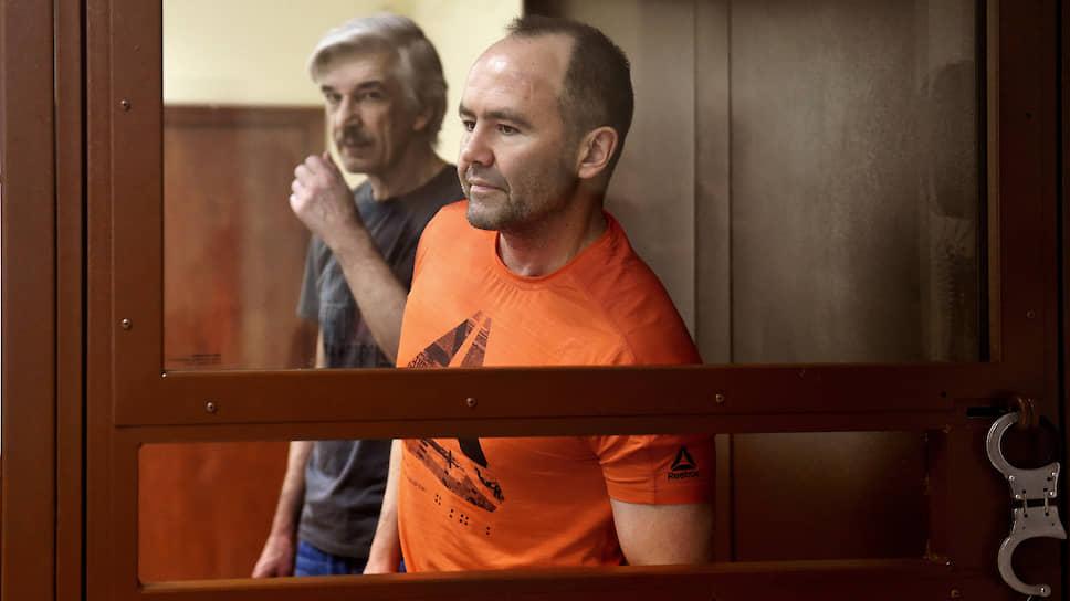 Сергей Лемешевский (слева) и Игорь Третьяков (справа) настаивают, что сотрудничество НПО имени Лавочкина и адвокатского бюро спасло объединение от банкротства
