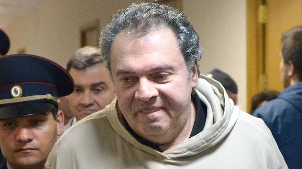 Бывшего директора департамента Минкульта Бориса Мазо, обвиняемого в России в крупных хищениях, задержали в Австрии по запросу Испании, где его также разыскивали