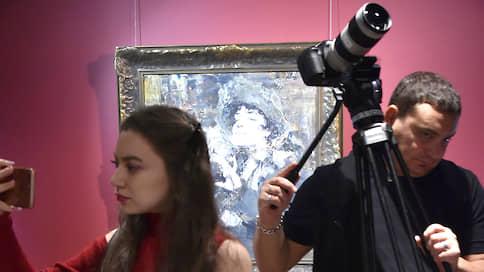 Успеть до молотка // Выставки MacDougall`s и Christie`s в Москве