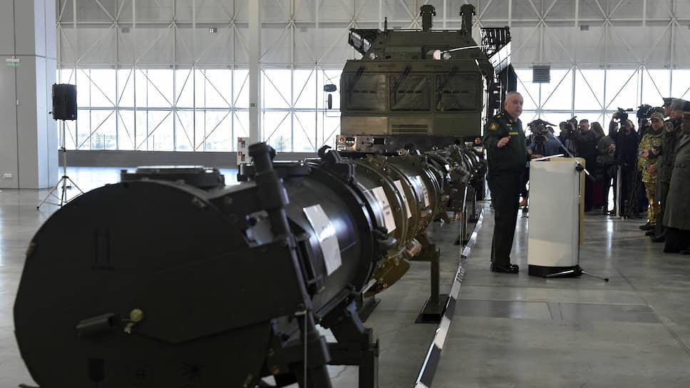 Из выступления замглавы МИД РФ Сергея Рябкова следовало, что власти США больше не считают ракету 9М729, продемонстрированную всему миру на январском брифинге в парке «Патриот» (на фото), главной причиной развала Договора о РСМД