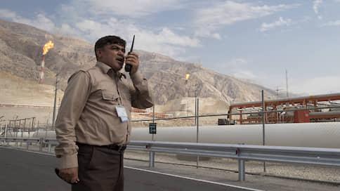 Иран копит нефть на будущее  / Тегеран объявил об открытии крупнейшего в стране месторождения